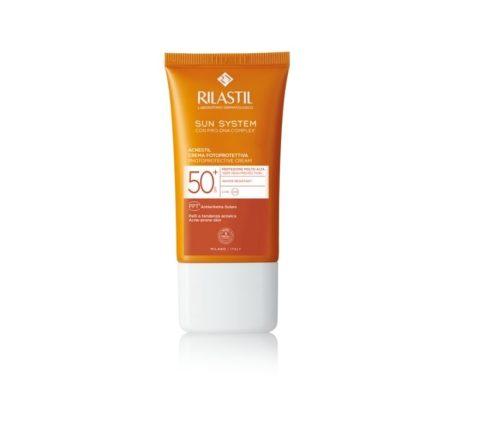 Rilastil Sun System Acnestil Photoprotective krema za zaščito pred soncem SPF 50+ 40 ml